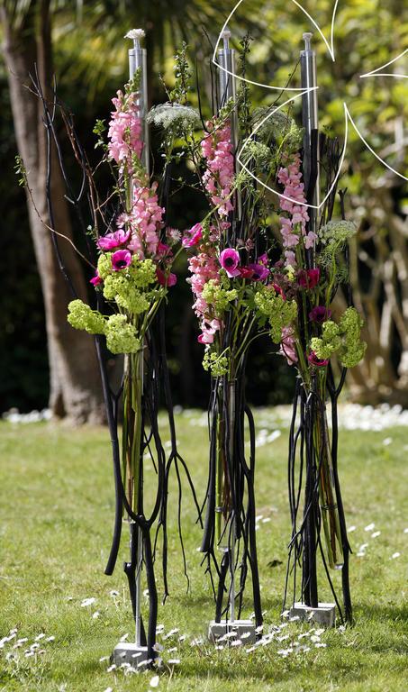 torche de jardin id es de bouquets accueil. Black Bedroom Furniture Sets. Home Design Ideas
